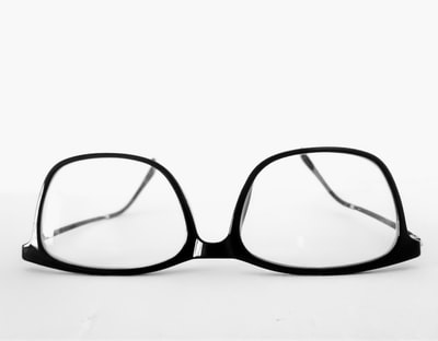 What you need to know about black glasses